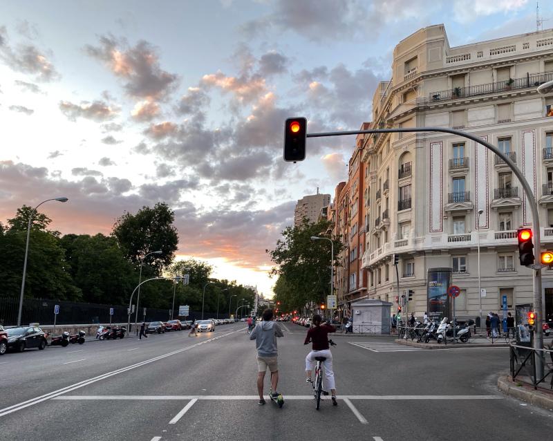 Rechazamos las bicis confinadas en carriles bici en Madrid